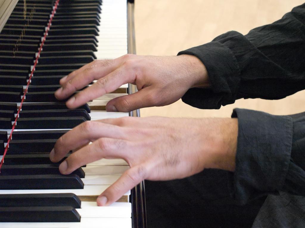 Moises-mattos-pianist-2171244
